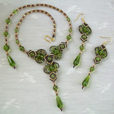 decoration bead: necklace and bracelet
