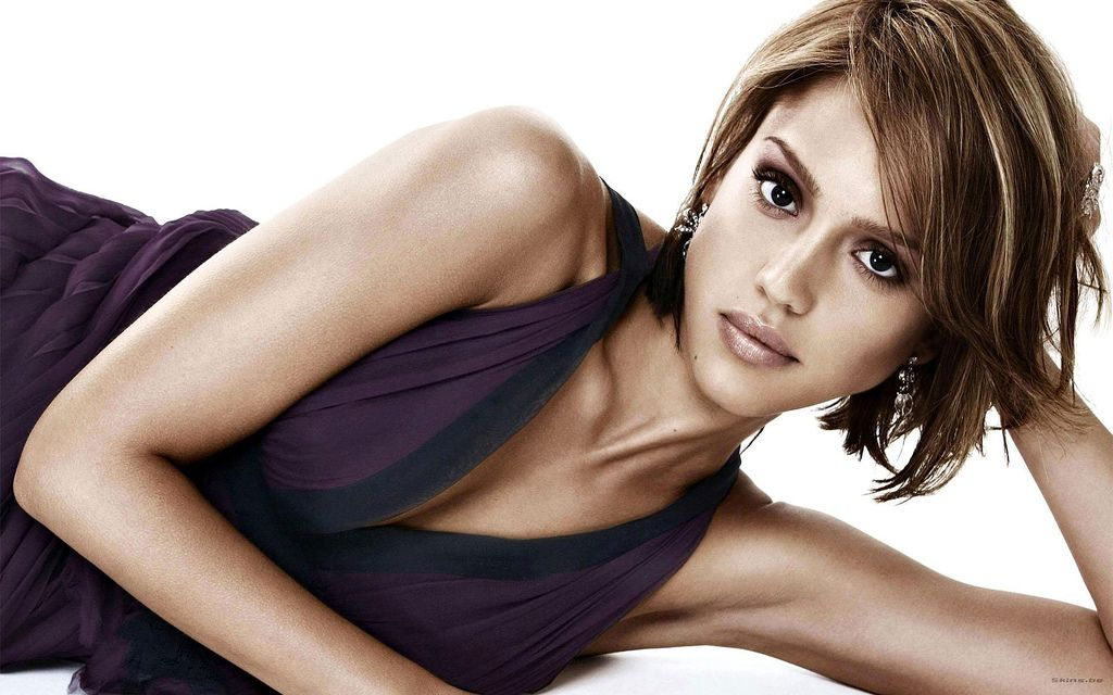 jessica alba wallpapers. Jessica Alba - Pictures and Photo Gallery, free Wallpapers, Videos: Jessica