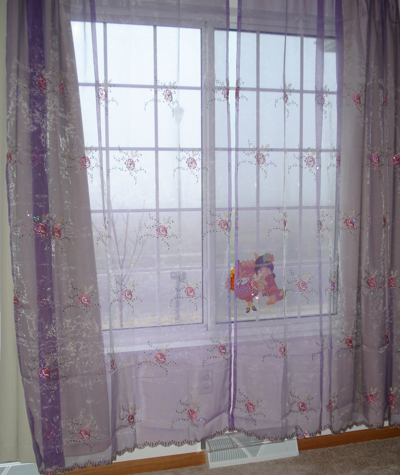 Reflections from a Mother's Soul: Curtains for a Little Girl's Room