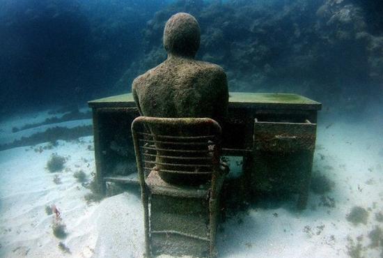 Patung Taman Bawah Laut Terbesar