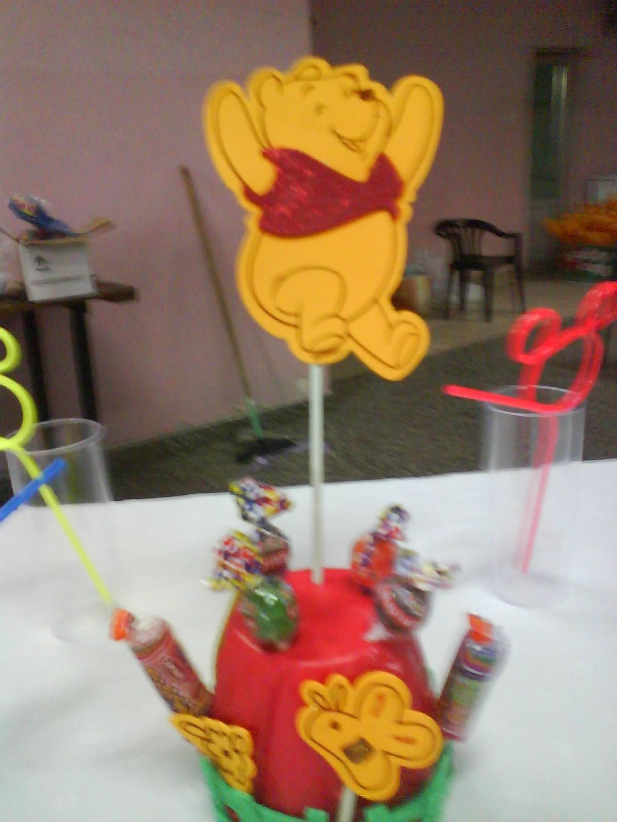 simple------------: cotillon Winnie Pooh 2