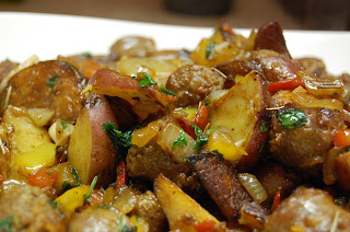 ... Running to Eat!: Pan Roasted Sausage, Peppers, Onions, and Potatoes
