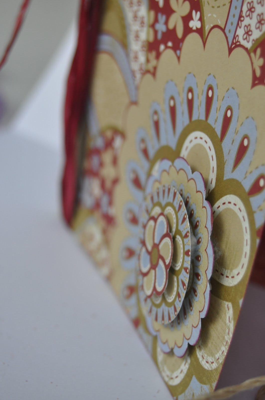 Mis momentos en papel mas tarjetas de navidad hechas a mano for Coronas de navidad hechas a mano