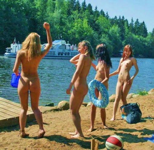 ochen-mnogo-foto-nudistok-na-plyazhe