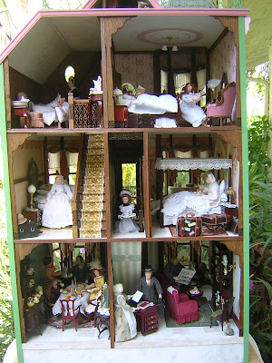 Dollhouse Minis The Bed Breakfast Hotel Robin Carey