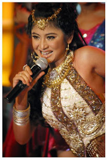 Dewi Persik : dangdut