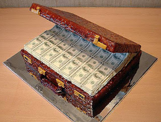 Money in the briefcase cake