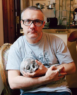 Damien Hirst with his diamond skull