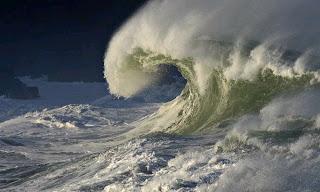 ocean wave sun glasses