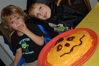 boys and cake