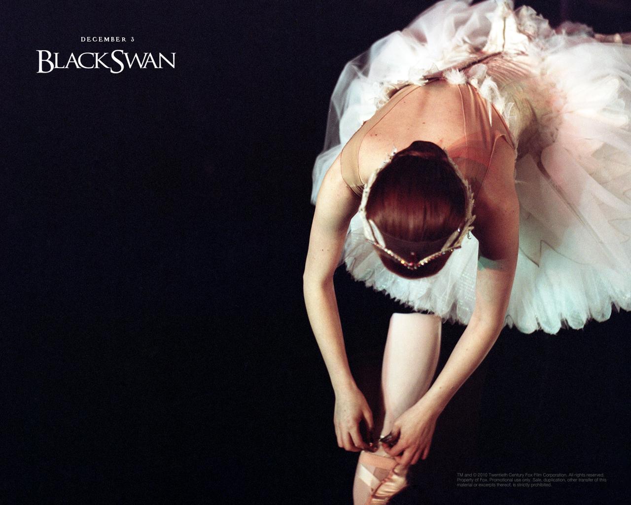http://3.bp.blogspot.com/_crLwJ6g1YRg/TRstz2rwsJI/AAAAAAAAHPc/IDezz62QdBo/s1600/Natalie_Portman_in_Black_Swan_Wallpaper_3_1024.jpg