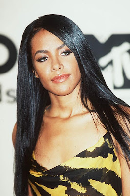 Aaliyah hot photo