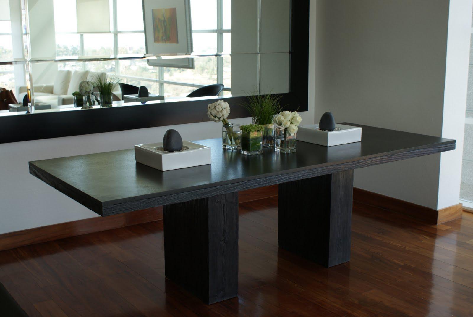 Mesa y espejo muebles sobre dise o avl for Muebles sobre diseno
