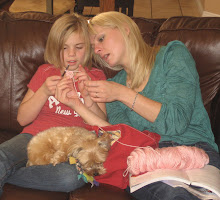 Kellee taught Lindsey how to crochet!