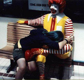 ronald macdonald disfrutando una buena mamada