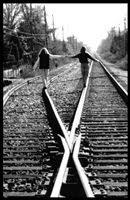 Amigos de verdade não se separam apenas seguem caminhos diferentes.