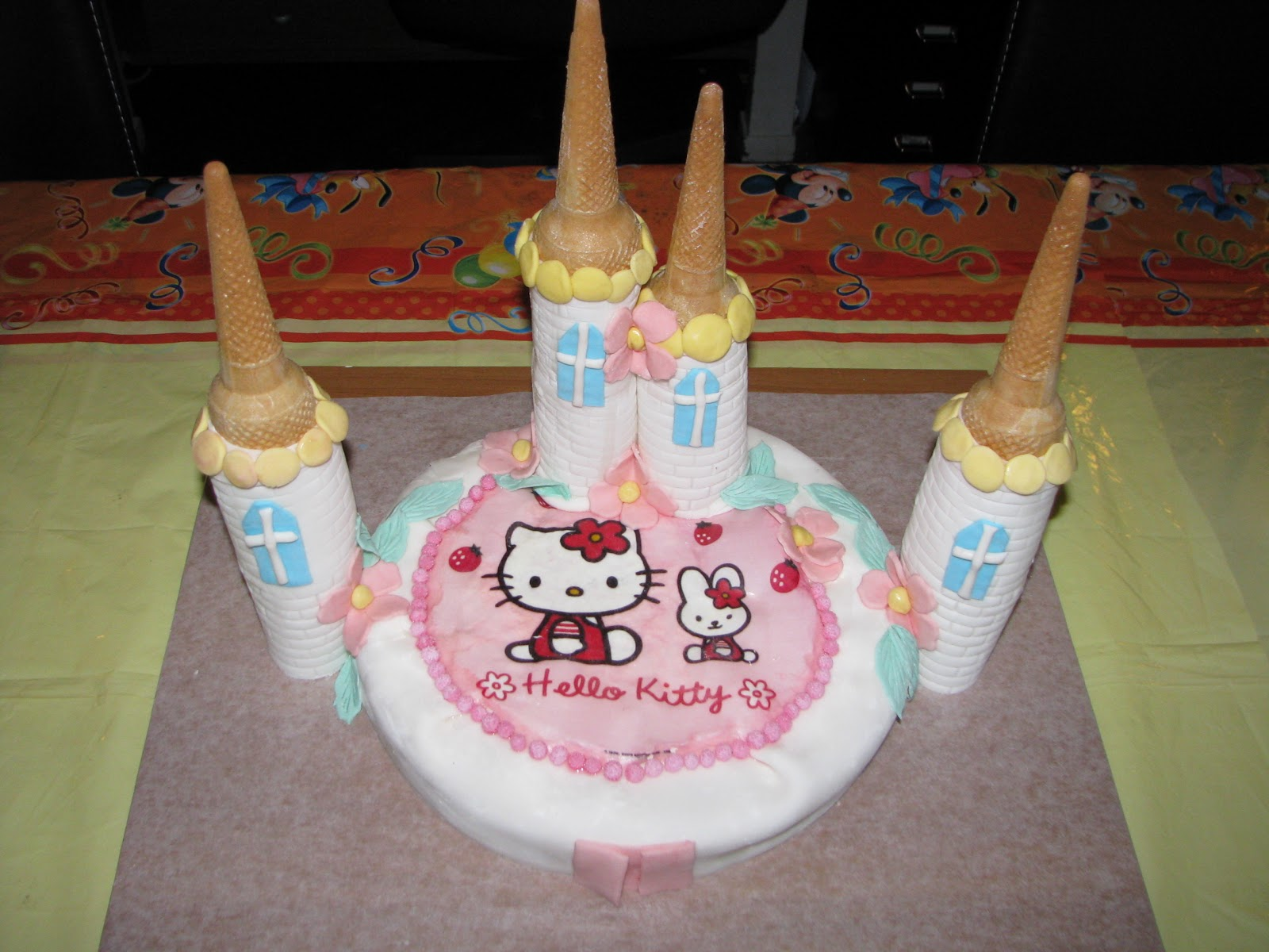 Cake Topper Personalizzati: TORTA DI COMPLEANNO