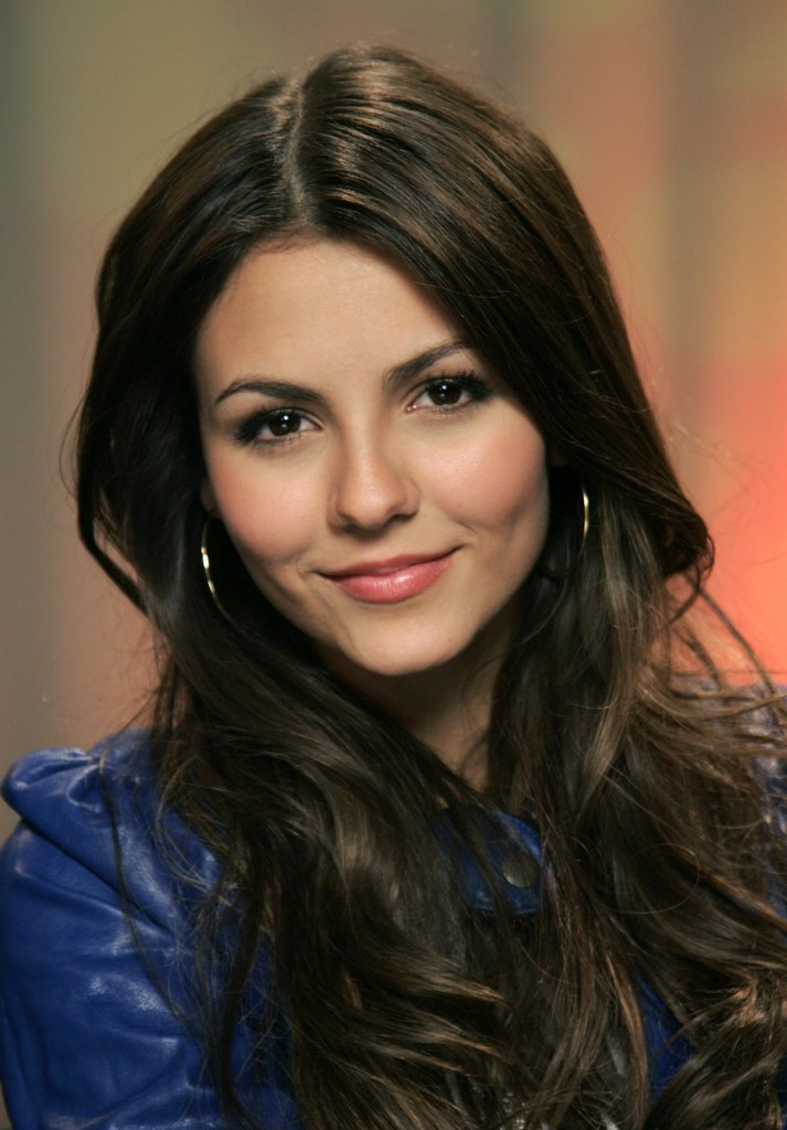 victoria justice modeling. Victoria Justice in Wonderful