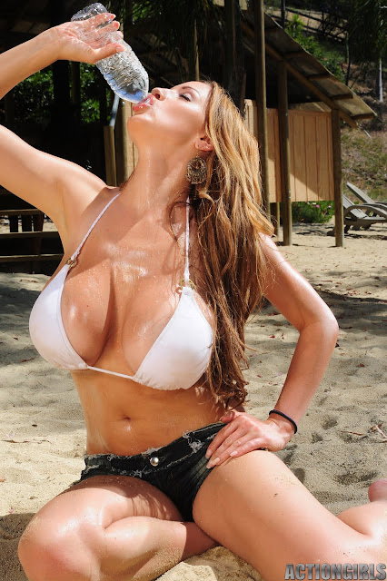 Jordan Carver in a hot malibu beach photoshoot