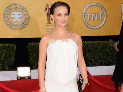 Natalie Portman in Strapless Azzaro Gown at SAG Awards 2011