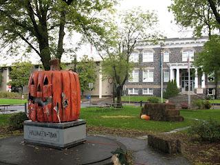 Kim Kasch Blogsite - A Writer's Blog: Halloweentown