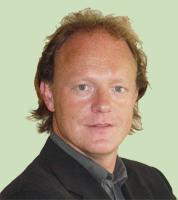 dr Jeroen Stevens