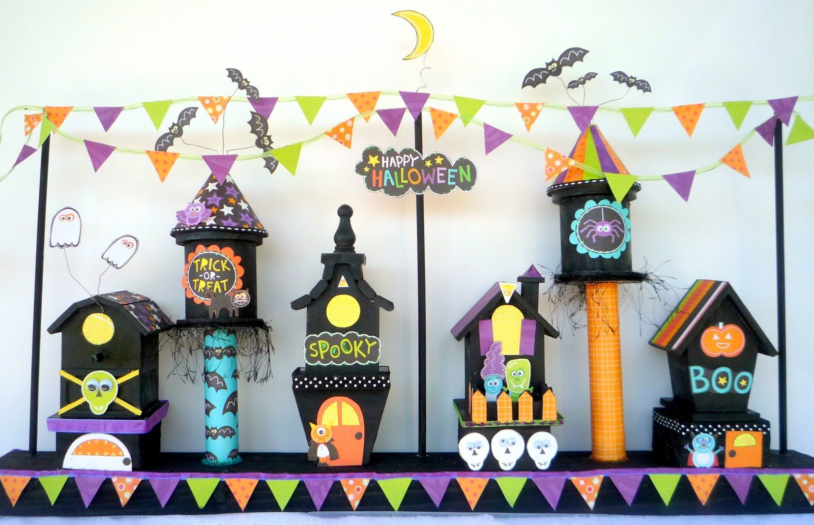 http://3.bp.blogspot.com/_d-0RmmAdars/TMi_SMWpR1I/AAAAAAAACiU/qMLZa9SVZjQ/s1600/haunted+house+1.jpg