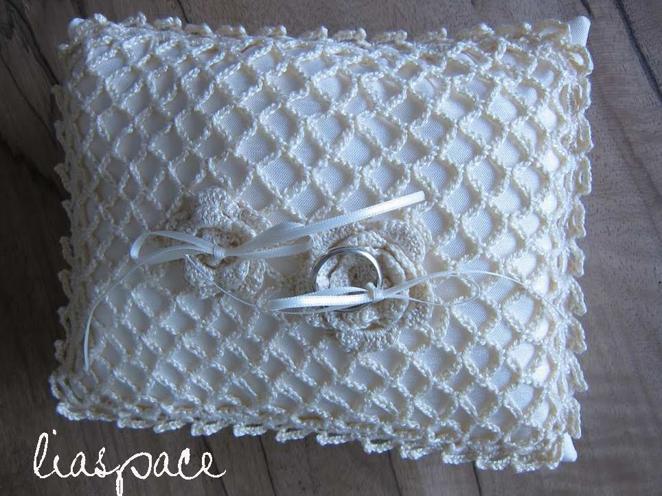 Remember I posted my wedding ring pillow crochet top