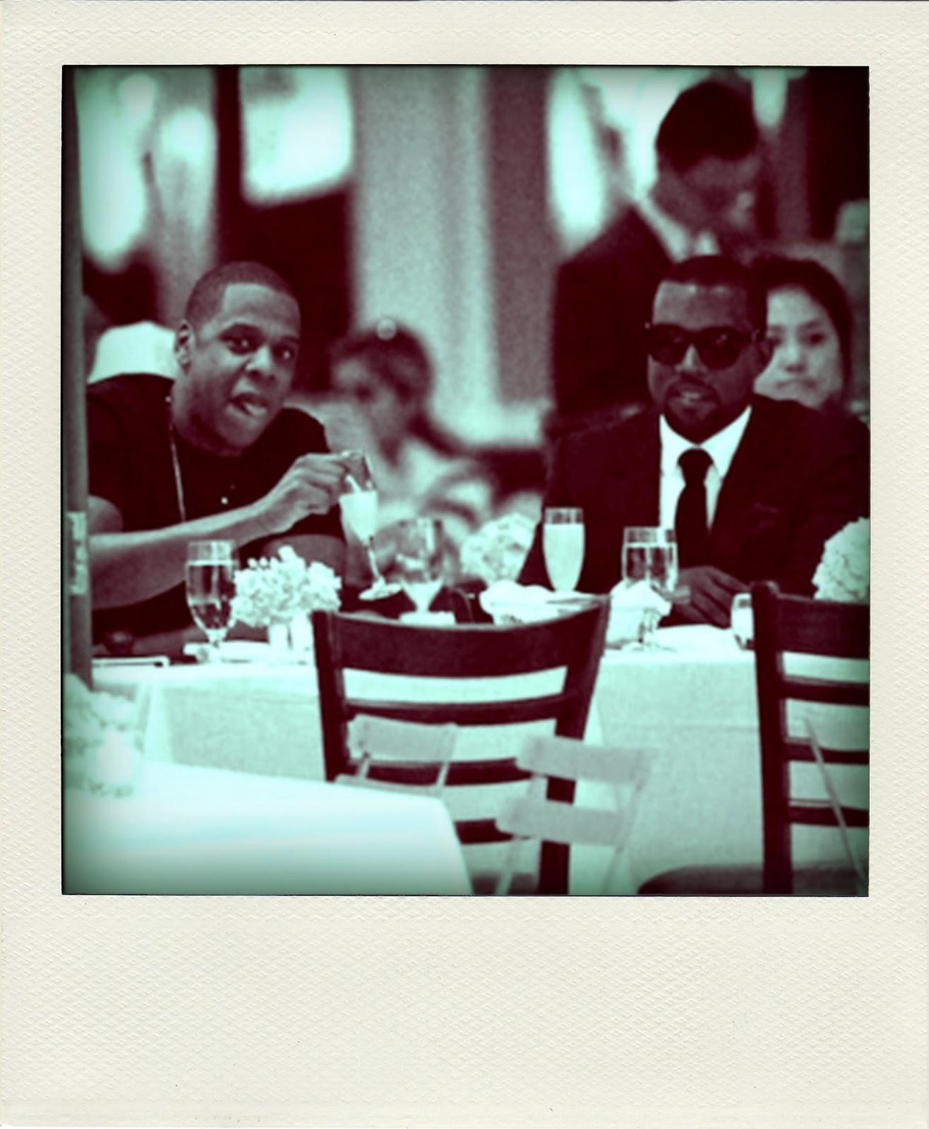 http://3.bp.blogspot.com/_d-C47fB_5BA/TUACaho0gkI/AAAAAAAAAls/9rmL166cnKI/s1600/Kanye+West+%2526+Jay-Z-pola.jpg