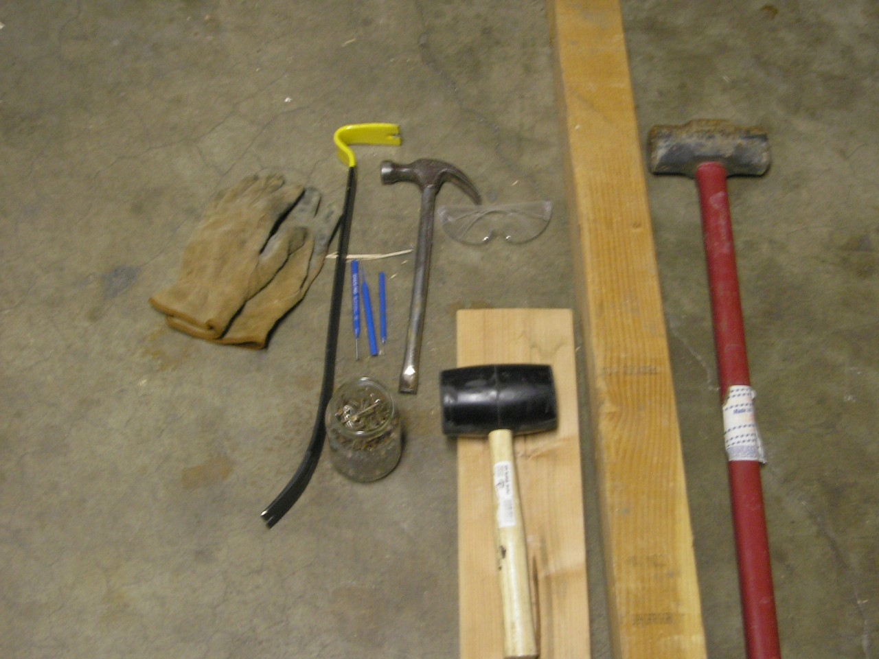 How to reclaim wood from pallets - DIY Cowboy: How To Reclaim Wood From Pallets