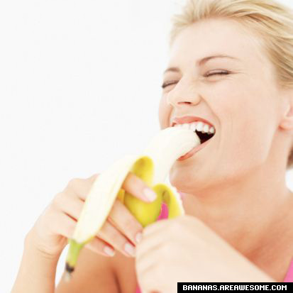 The Funtoosh Page....Have FunBath !!!: Women Eating Banana
