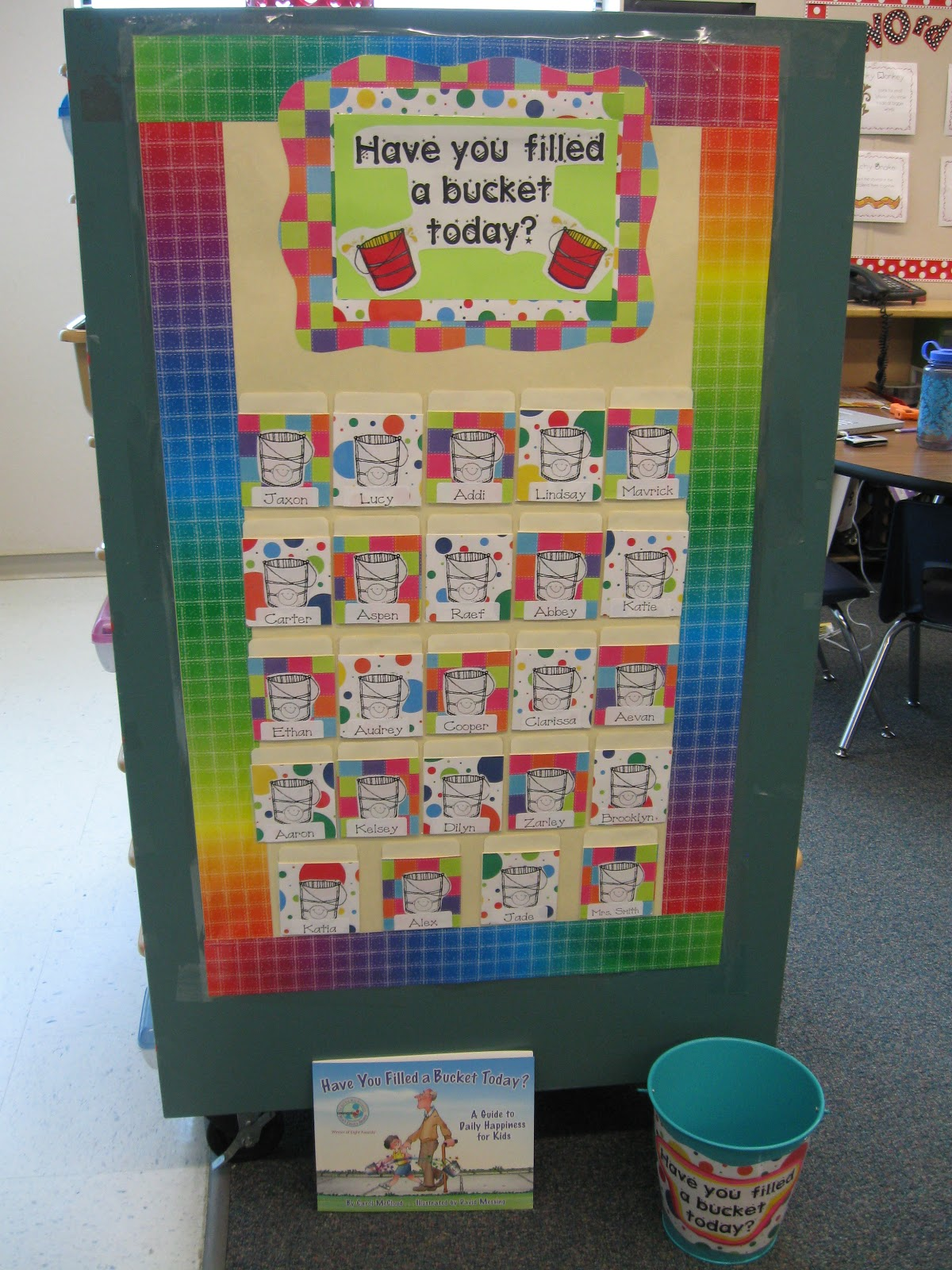 Classroom Behavior Ideas ~ What the teacher wants are you a bucket filler
