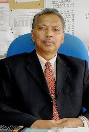 Guru Besar SK TANAH MERAH 2 Mohd Rudin Mohamad