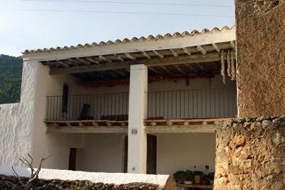 Ibiza a pie de foto arquitectura ibicenca for Arquitectura ibicenca