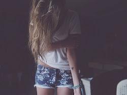 Entiende que aunque pida que te vayas no quiero perderte.