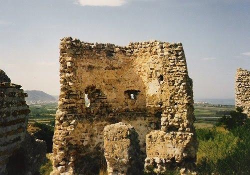 Torre rodona del castell de Bairén