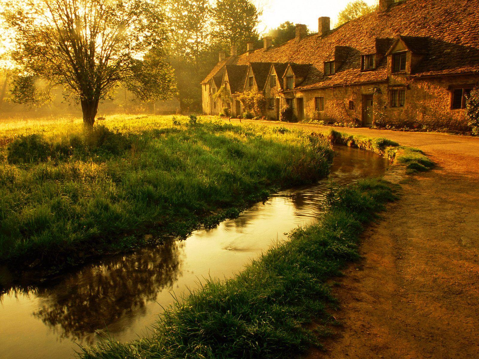 Morning2BMist2BArlington2BRow2BBibury2BGloucestershire2BEngland - Nature Wallpaper England