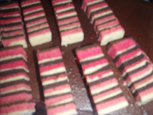 Lapis Strawbery & coklat