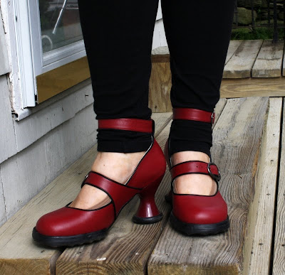 Fluevog shoes, Dollface, red