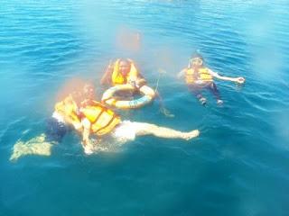 http://3.bp.blogspot.com/_d4hqHtLP550/S_-hEws2IHI/AAAAAAAAALQ/3q4VlWGtSVc/s320/Pambato+Reef+Dive.JPG
