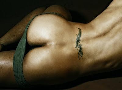 tatuaje culo hombre