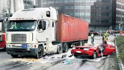 imagen de un accidente de camion