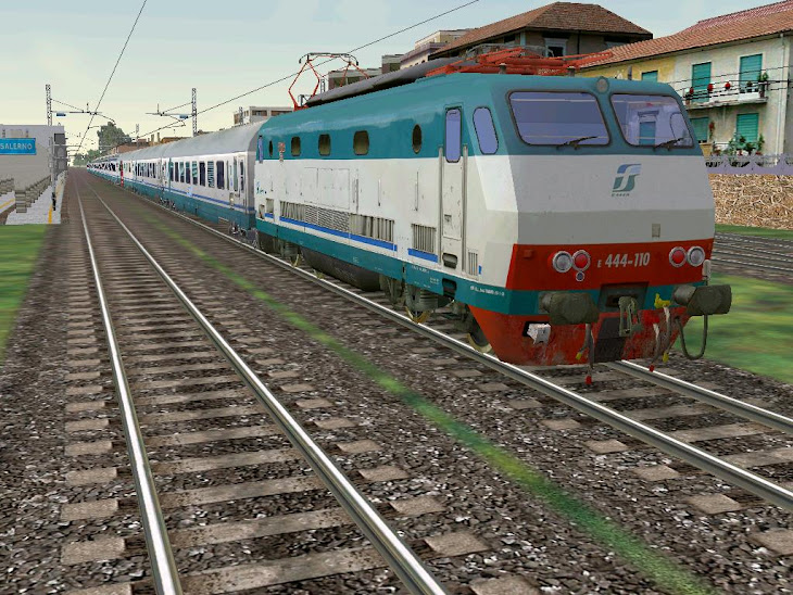 e444r treno intercity capodimonte