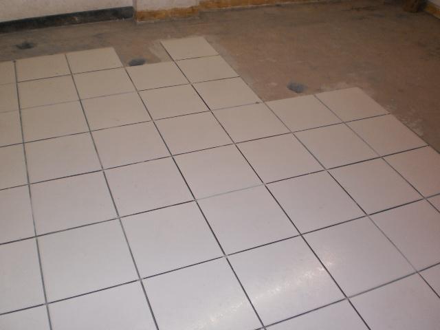 Como se ve instalado un piso ceramico blanco for Webs buscar piso