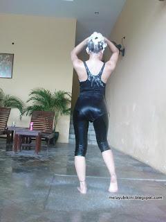 Gambar Bogel Can Gadis Bertudung Wear Bikini?   Melayu Boleh.Com