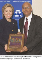 [Image: Hillary-Tata+Smooch.jpg]