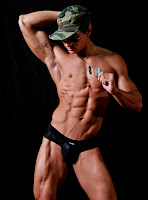 Fitness Model Alan Valdez muscle bodybuilding