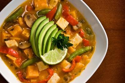 Ava Catau :: You are what you eat.: Thai Curry Tofu Bowl