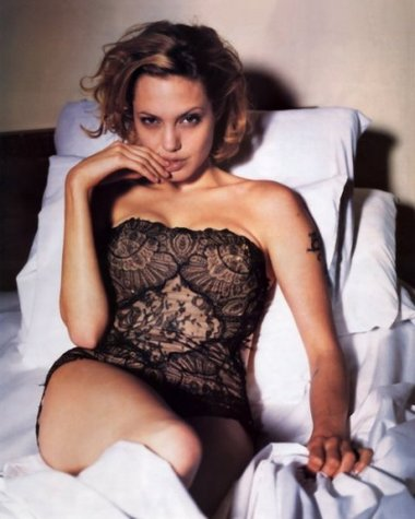 angelina jolie no clothes