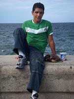 Víctor Manuel, joven universitario en el Malecón